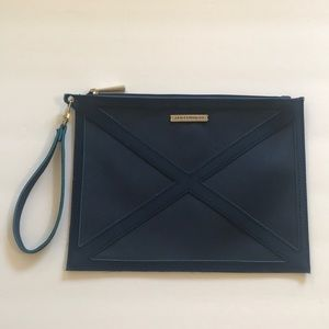 Just In!🆕🔷JANTAMINIAU Wrislet/ Clutch